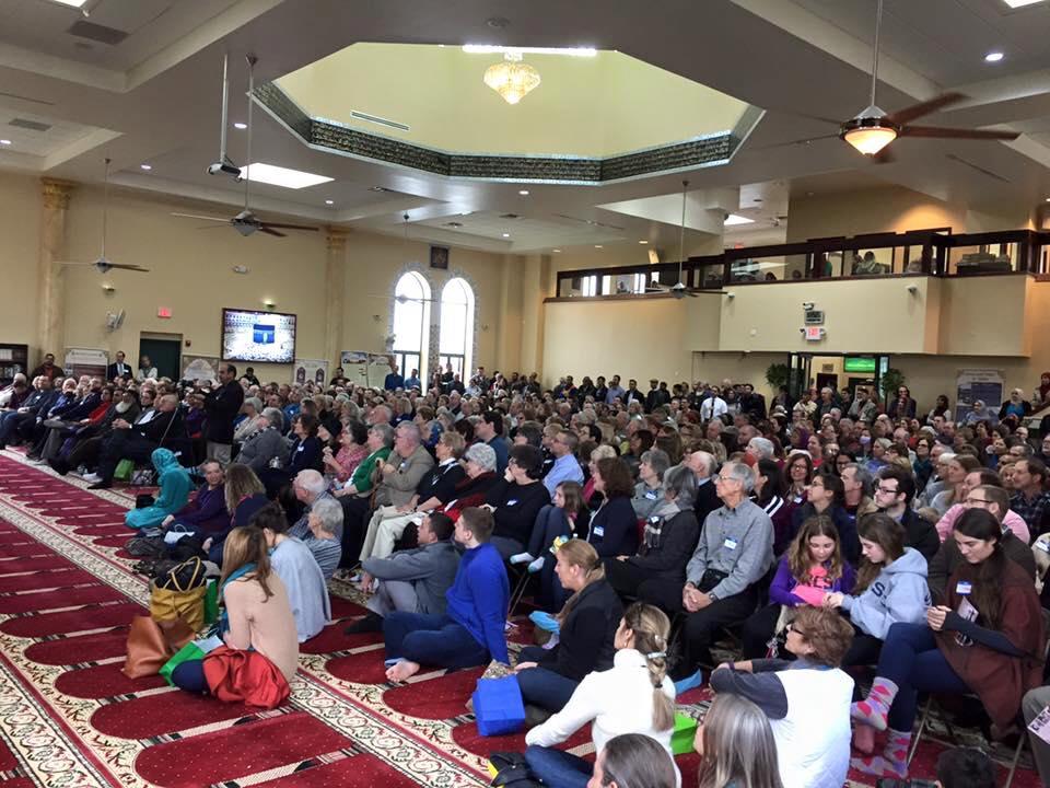 فيروس كورونا يدفع الأمريكيين للتوجه للمساجد للتعرف على مبادئ الإسلام