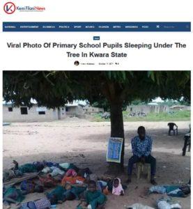 صورة نشرتها مواقع إلكترونية في نيجيريا وليس السودان فيها أطفال ينامون على الرمل أثناء الاستراحة