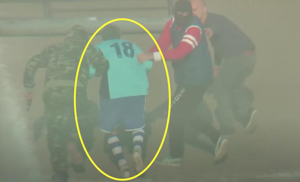 عملية اختطاف مزيف وهمي داخل ملعب كرة القدم إيطاليا