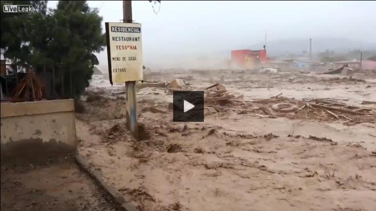 مقطع الفيديو يعود إلى فيضانات تشيلي 2015 وليس فيضانات الصين الأخيرة 2021 فتبينوا